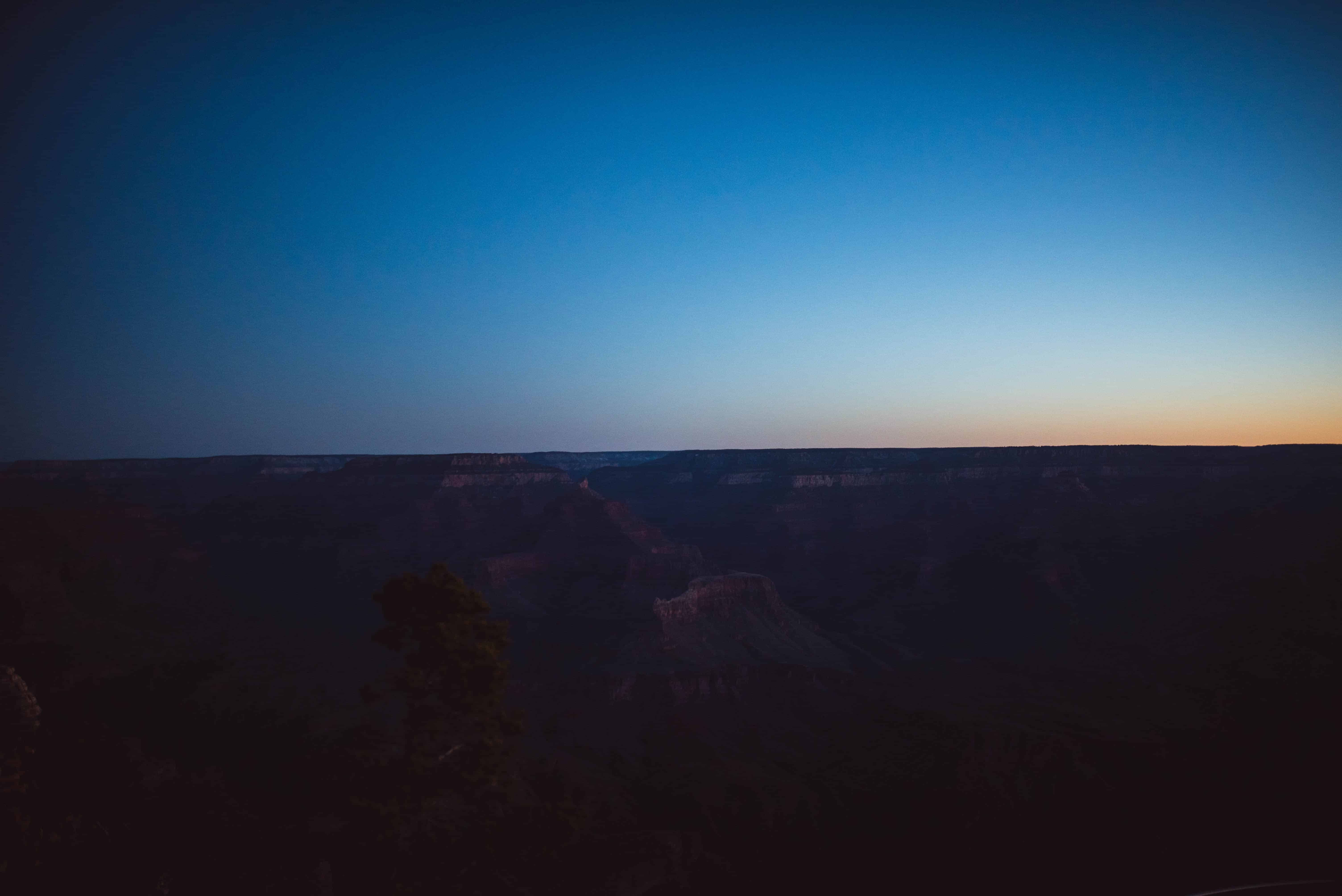 Various Lighting Visuals during the Sunrise at Mather's Point in Grand Canyon, Arizona_06