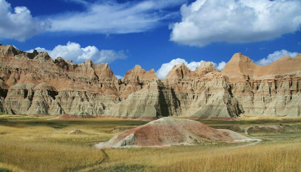 Badlands National Park by Gary Yost from Unsplash